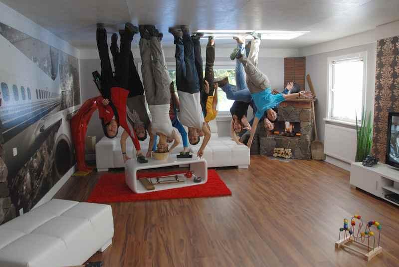 haus steht kopf bei vomp im karwendel tirol. Black Bedroom Furniture Sets. Home Design Ideas